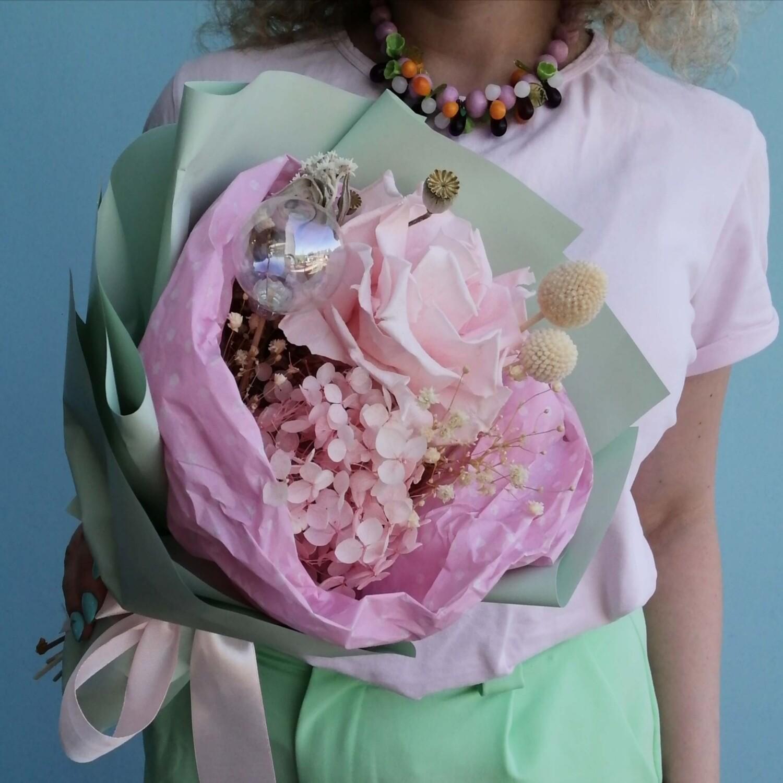 Букет комплимент Розовая роза