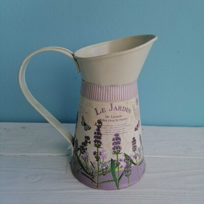 Planter watering can lavender