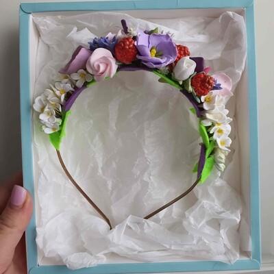 Ободок с цветами из полимерной глины