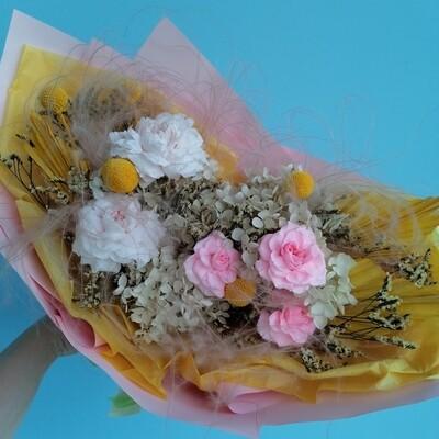 Bouquet everlasting sunny morning