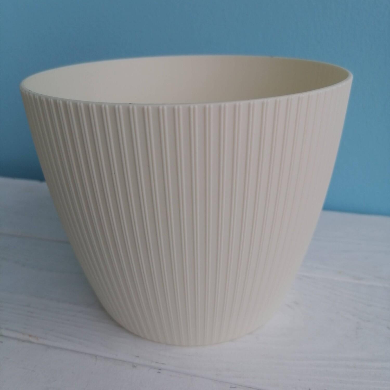 Planter cream plastic magnolia D = 15.5, H = 13