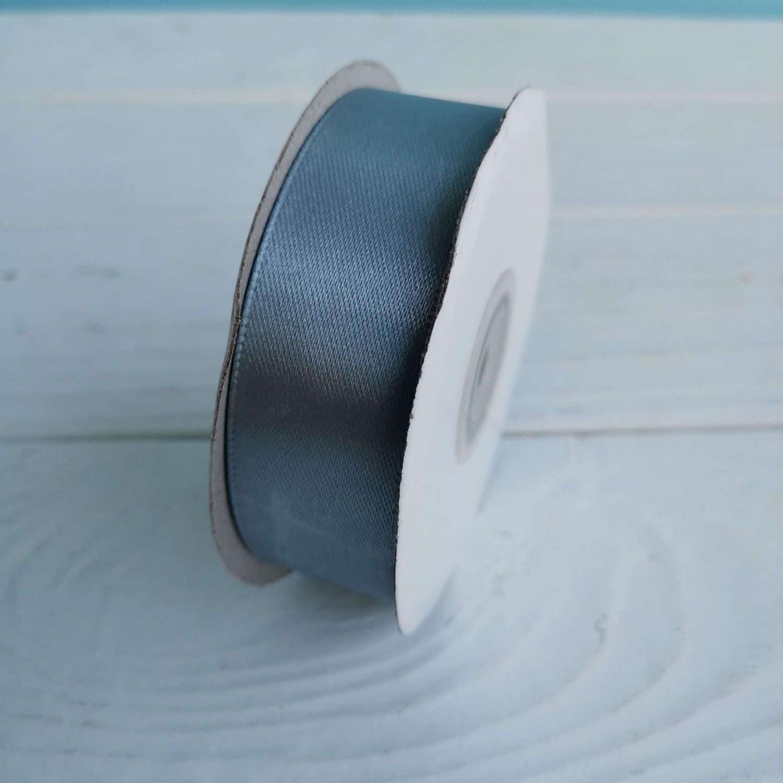 Лента атласная серо-голубая 2,5*22,8м