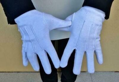 Gants blancs coton.