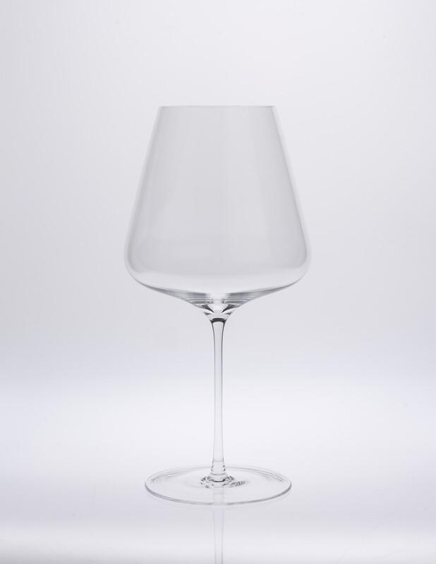 Burgunder Glas von SW Sophienwald mundgeblasen