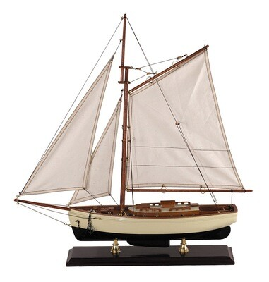 1930'S CLASSIC YACHT - SMALL
