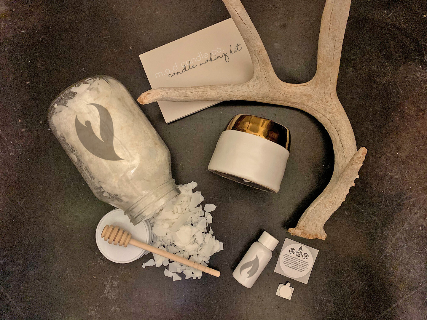 White + Gold Jar Candle Making Kit