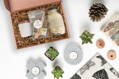White Jar Candle Making Kit Set of 12