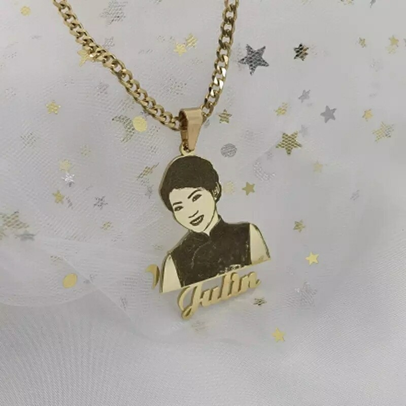 Customized Picture And Name Necklace