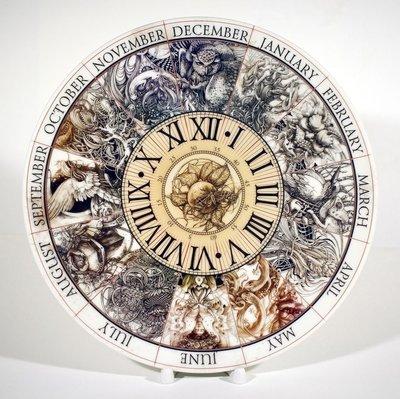 Calendar. Porcelain plate