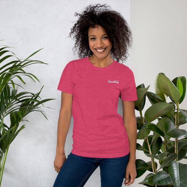 GOD WINS / Short-Sleeve T-Shirt in PINK