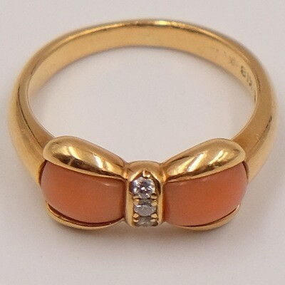 14K Yellow Gold Coral Diamond Ring size 5 1990's