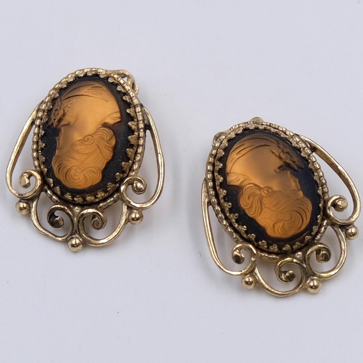 Vintage Plastic Cameo Earrings
