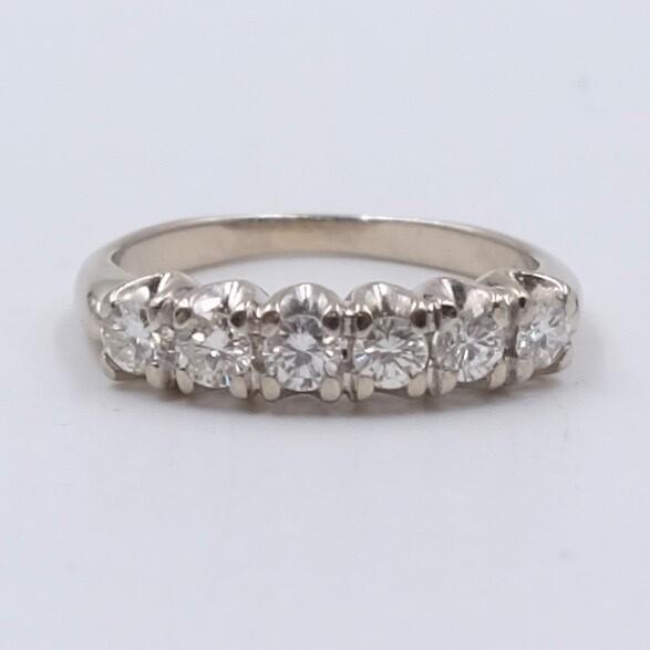 Vintage 14K White Gold Diamonds Ring