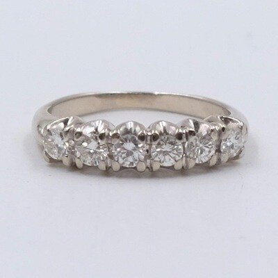 Vintage 14K White Gold Diamonds Ring