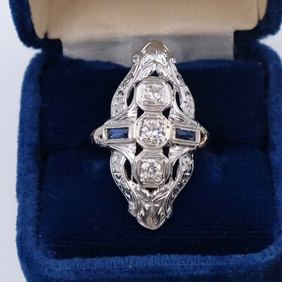 Antique Platinum Edwardian Sapphires and Diamonds Ring