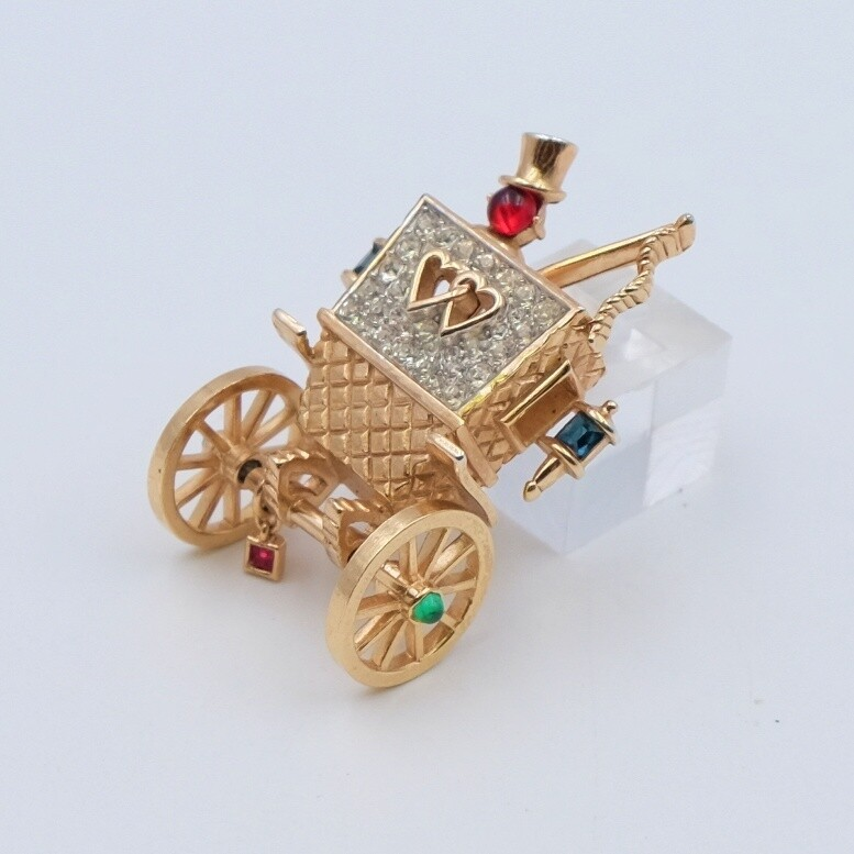 Vintage Collectible Trifari Carriage Brooch 1940's