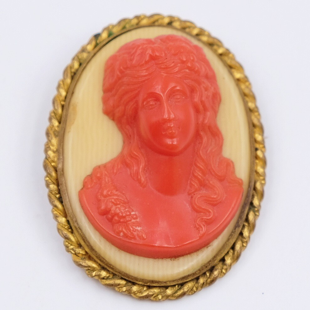 Antique Cameo Faux Coral Brooch 1910