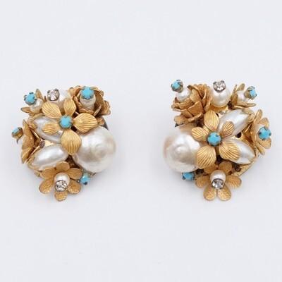 Vintage Faux Pearls Clip on Earrings 1960s