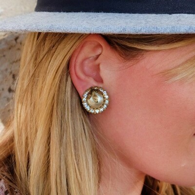 Amorelle Round Earrings