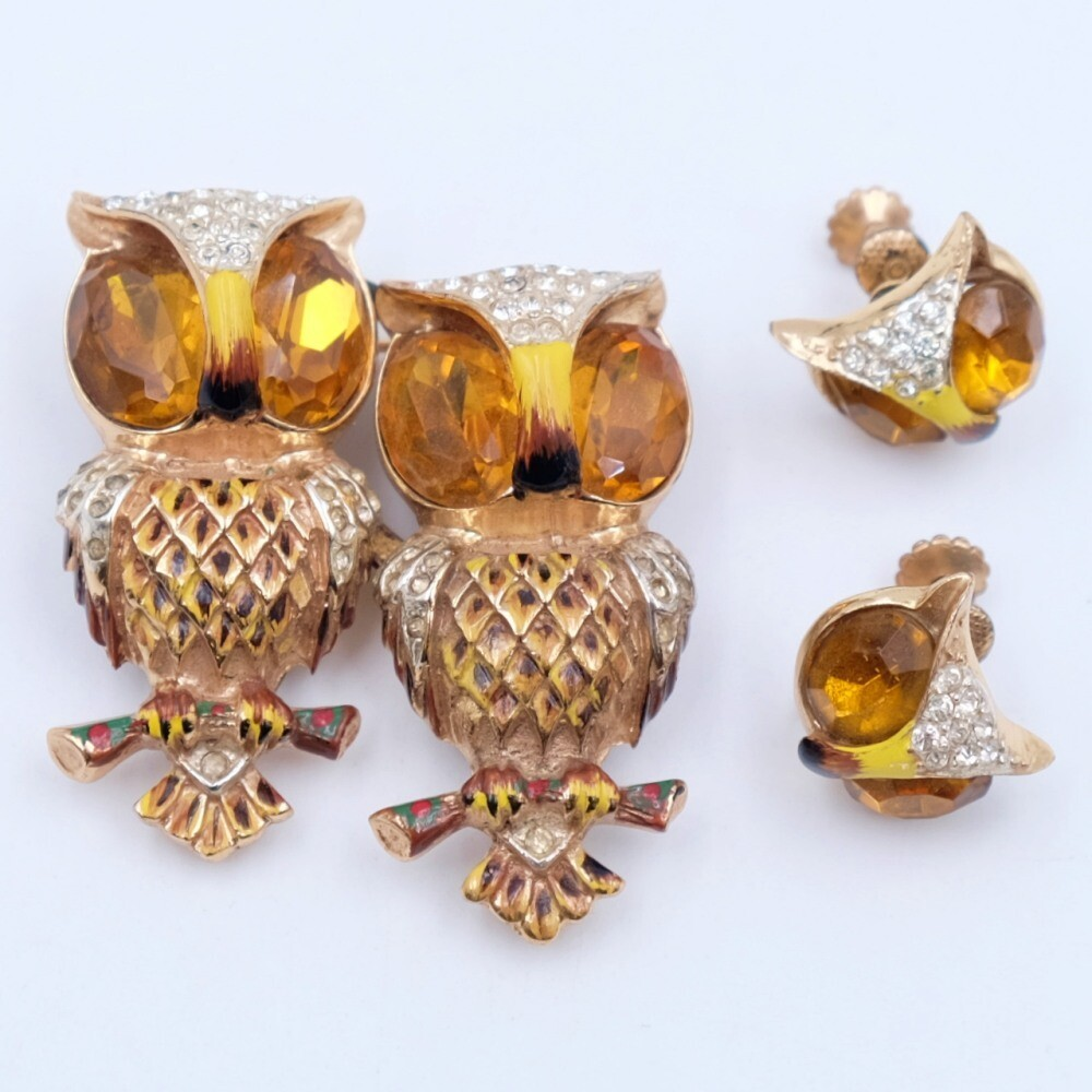 Coro Duette Owls Brooch and Earrings Set 1940s