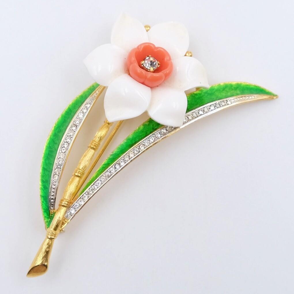 Vintage Hattie Carnegie Narcissus Brooch 1960s