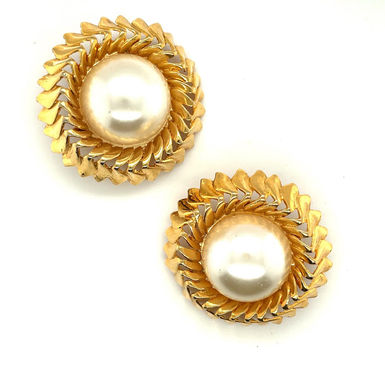 Chanel Faux Pearls Earrings 1990's