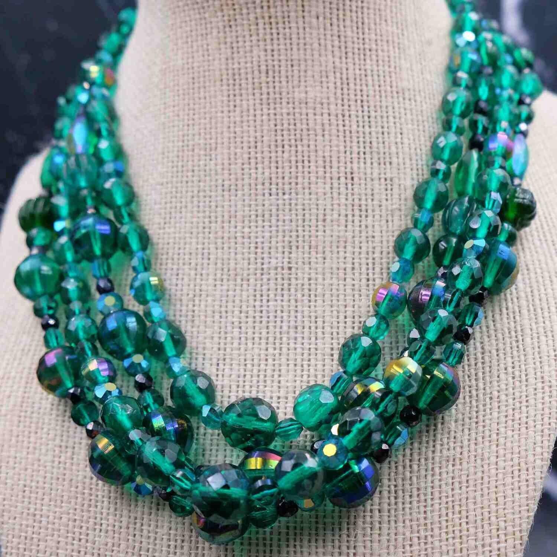 Vintage De Mario Deep Green Necklace 1950's