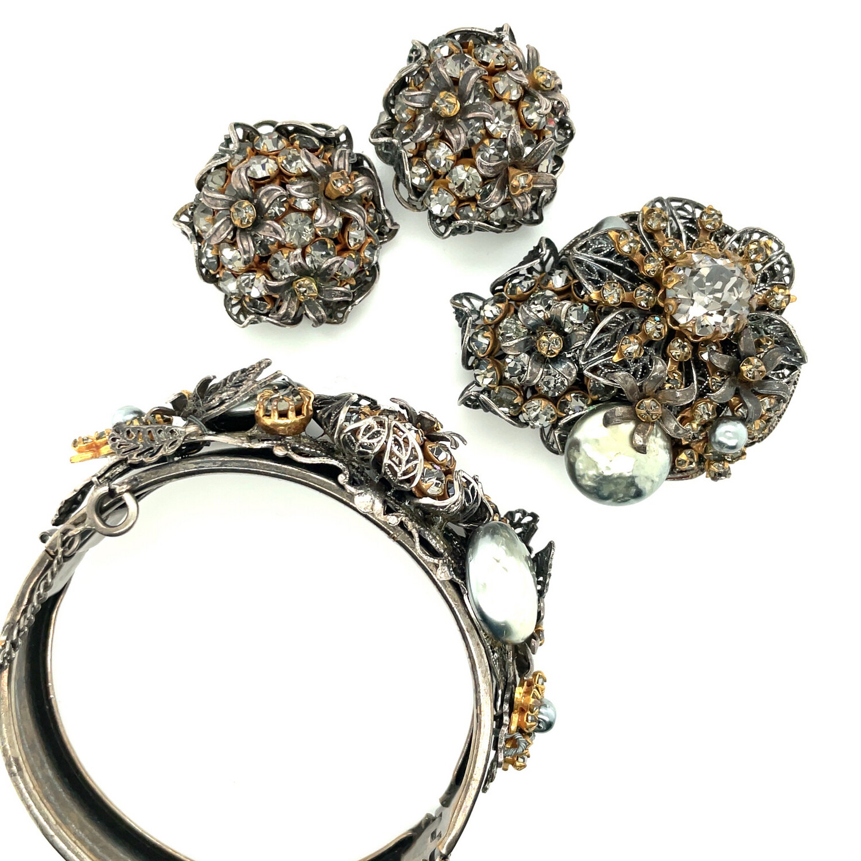 Amorelle 3pc Set Earrings, Bracelet and Brooch 1960's