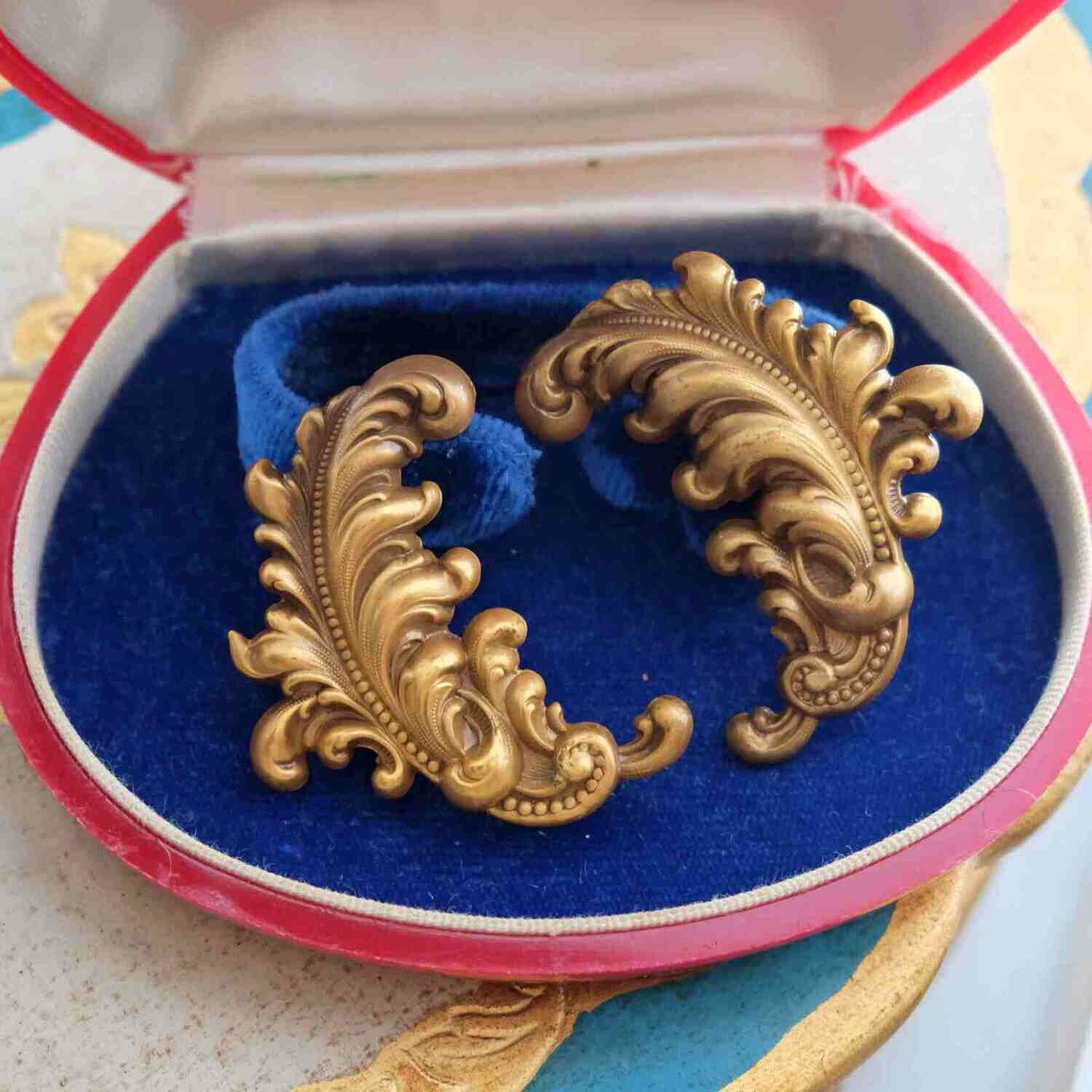 Vintage Joseff of Hollywood Feathers Earrings 1940's