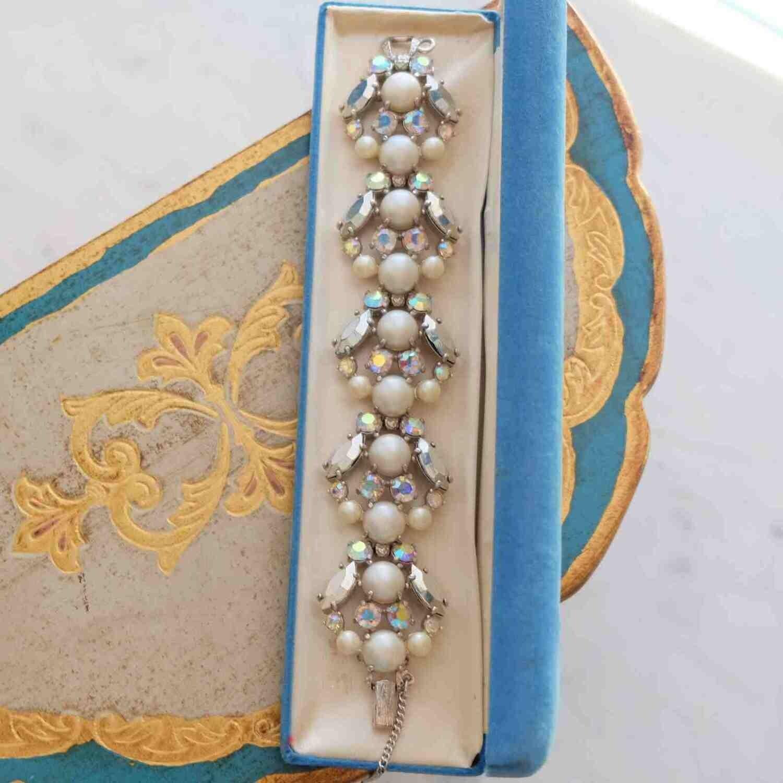 Vintage Elsa Schiaparelli Grey Pearls Bracelet 1950's