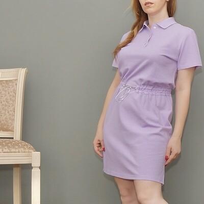 Платье-поло лавандовое с поясом-резинкой