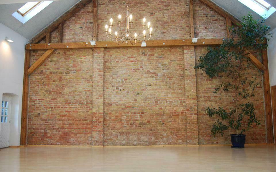Seminarraum 1: Scheunensaal