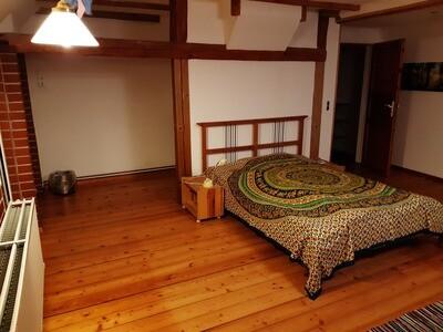 11.-13.6.2021 Doppelzimmer Frieden hat 2 einzelne Betten für Janina, Verena