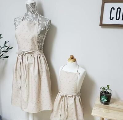 Kid Dress Apron _ beige mini cherry