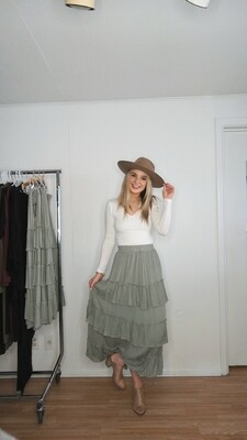 Tiered Maxi Skirt with Elastic Band
