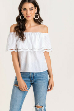 Off the shoulder top with scalloped detial