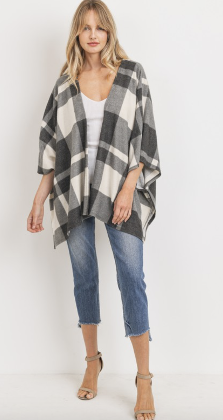Winter Plaid Cardigan in Charcoal
