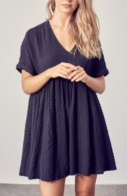 Toss On & Go Textured Babydoll Dress in Black