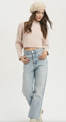 Angel Face Ribbed Cropped Sweater in Pale Pink