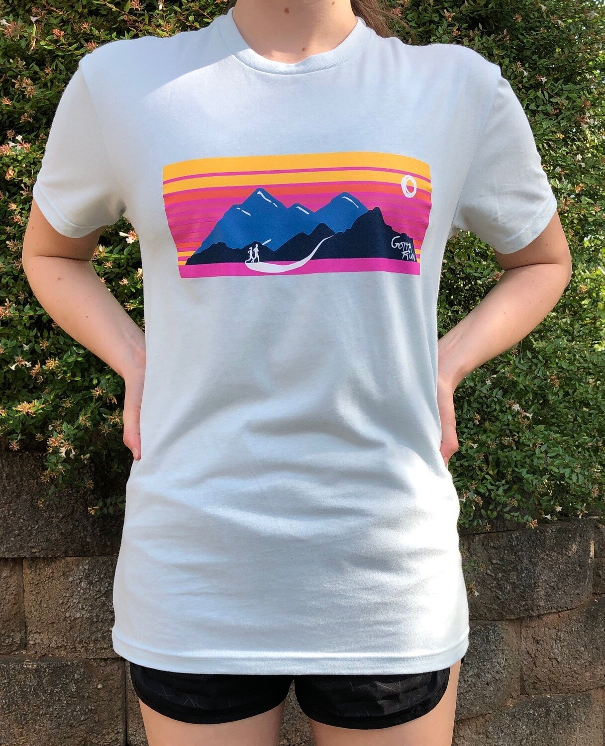 Gotta Run Lifestyle Mountain Sunset 60/40 Blend T-shirt - Light Blue - Size Small (does have a hint of mint in the right light)