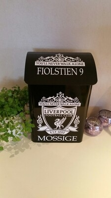 Nr 06. Postkasse med motiv Liverpool.