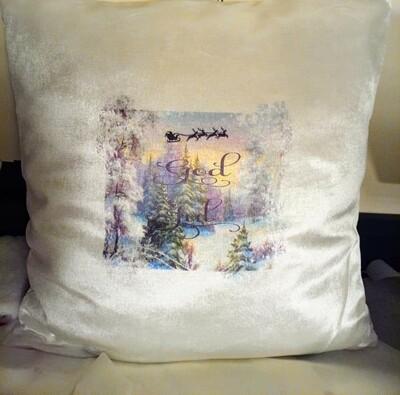 Hvit velour pute med vinter motiv God Jul, inkludert dunfyll