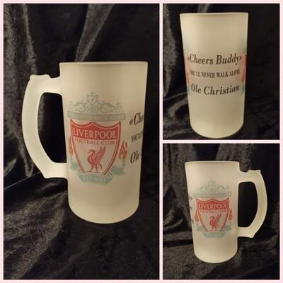 Liverpool  logo og din egen tekst, øl krus 0.5 L