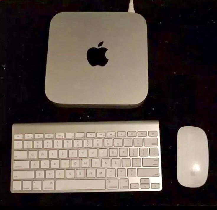 *Apple Mac Mini*