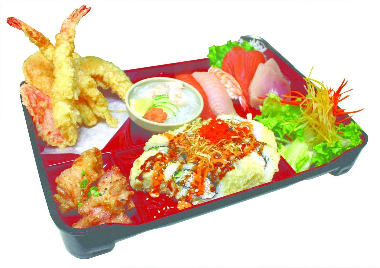 Sashimi & Sushi Box (Dynamite Roll)
