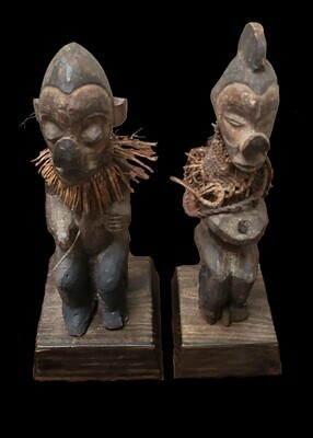 Bayaka Statues / Central Africa