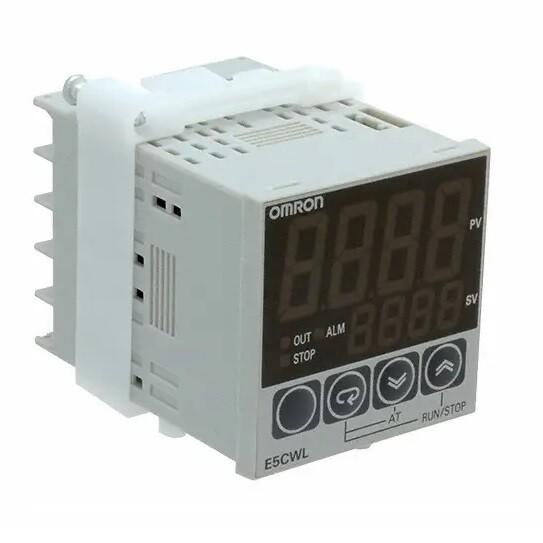 OMRON E5CWL-Q1TC Temperature Controller, SSR output