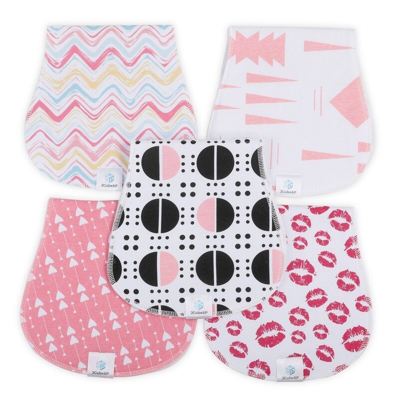 Burp Cloths Made of 100% Organic Cotton and Fleece layers - Soft & Absorbent Curvy Designs - Cute 5-Pack Baby Shower Gift Set for Newborns & Infants