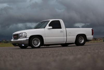 99+ Silverado 17x4.75 Front Wheel Package