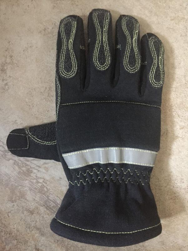 SQ-1 Extrication Glove